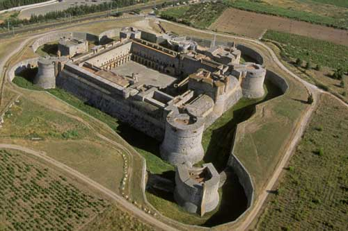 castell-de-salses